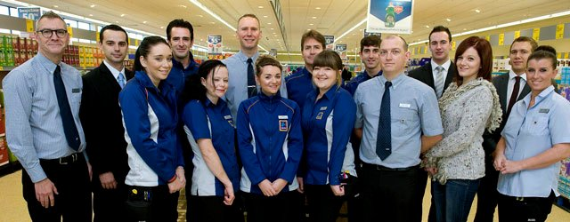 aldi-to-buck-the-trend-450-jobs-this-year