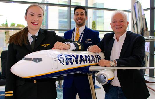 ryanair-add-3500-jobs-next-year