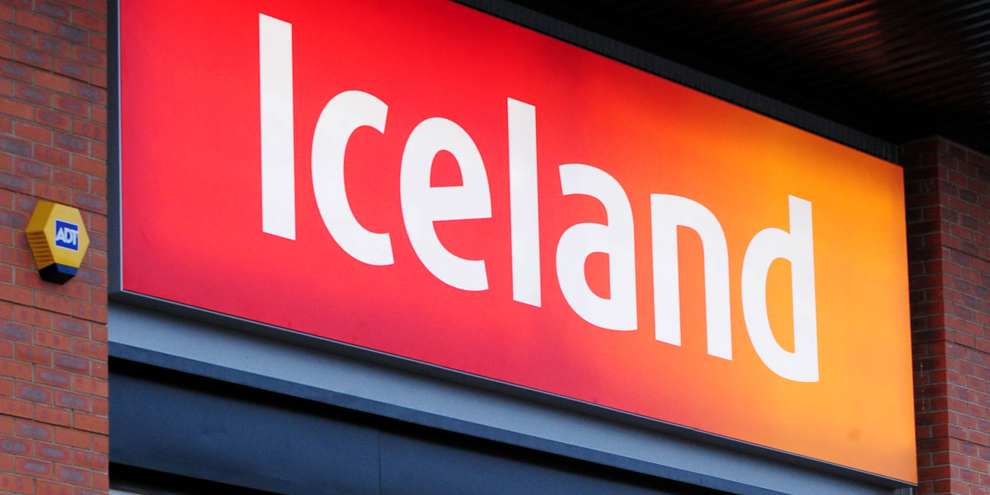 three-iceland-stores-boost-jobs